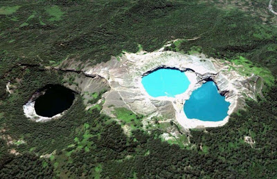 Danau Tiga Warna, Kelimutu