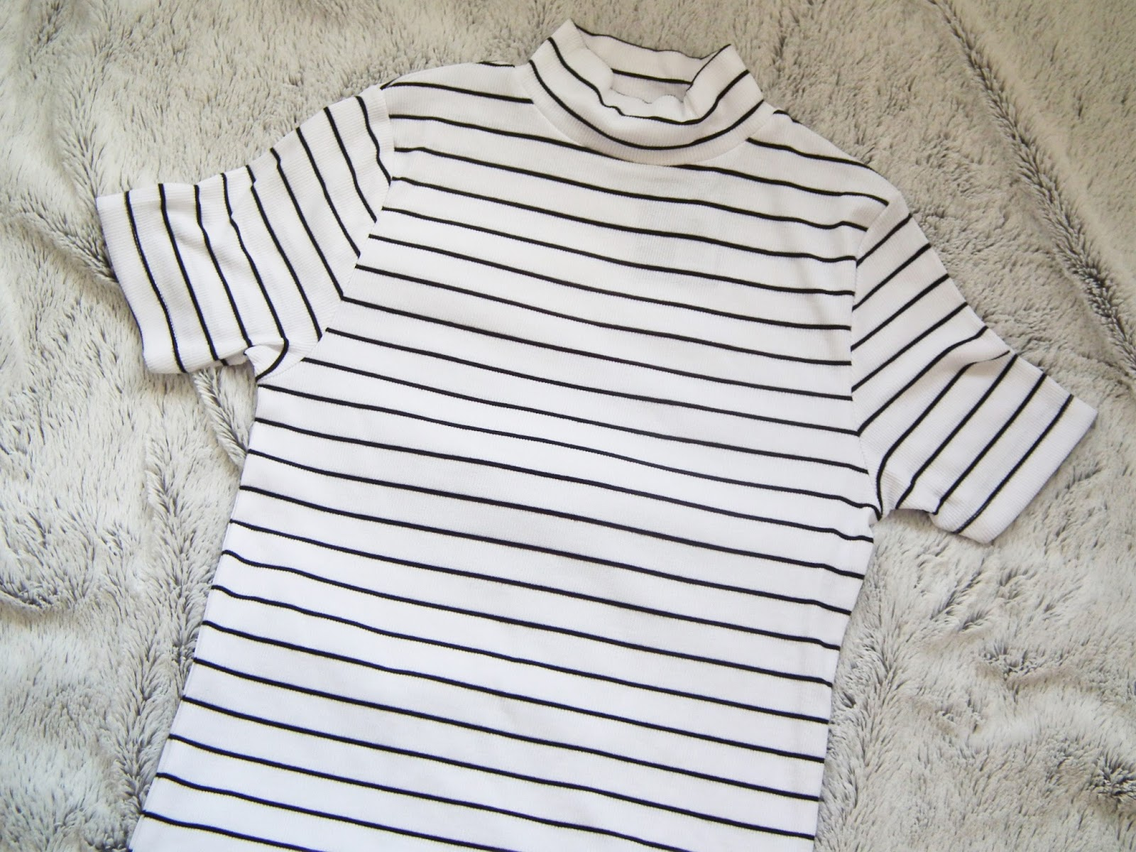 Primark Haul - Spring 2016 White and black striped high neck t-shirt