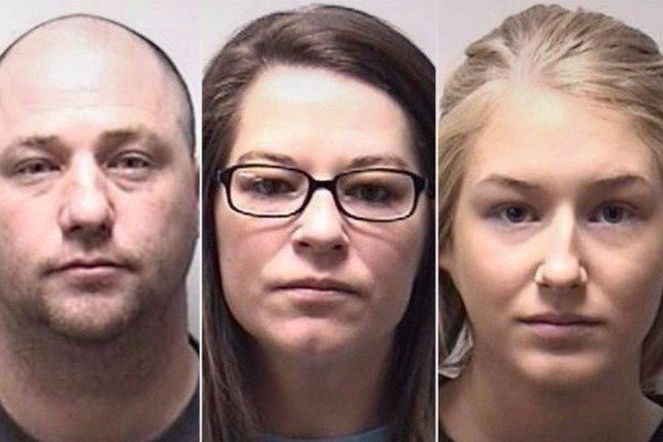 Συνελήφθη επειδή έκανε σeξ με την ανήλικη φίλη της κόρης του