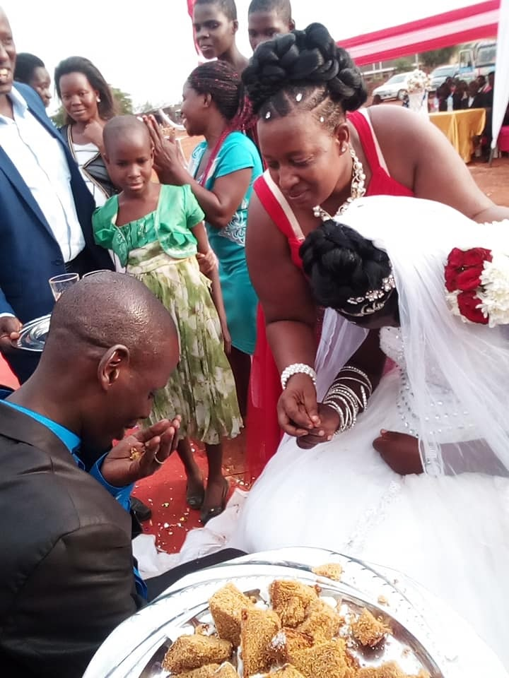 forc%2B5 - WOMAN shocks people at wedding, she looks so sad on the big day, Was she forced?(VIRAL PHOTOs).