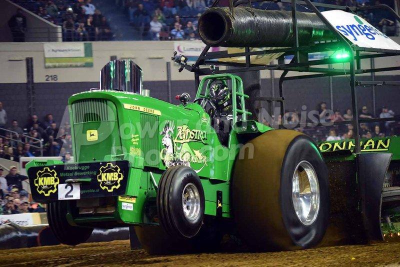 John Deere Super Stock Pulling Tractors : Tractor pulling news pullingworld green gangster