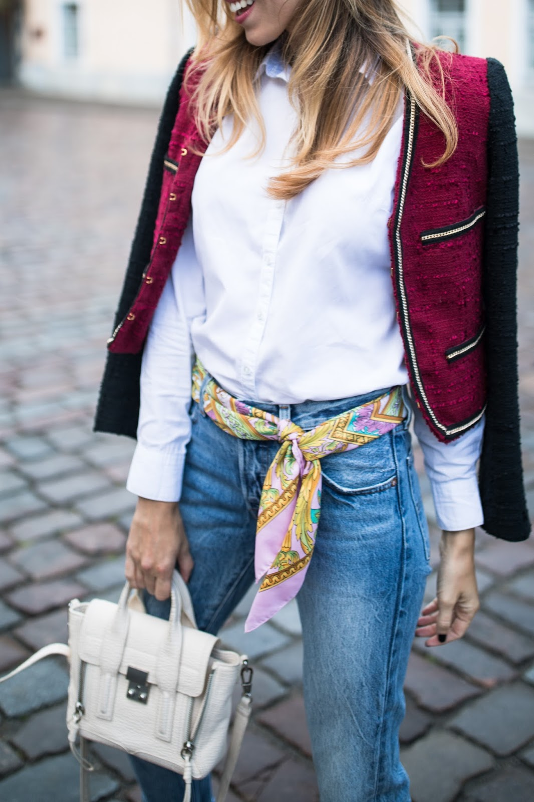 scarf as belt over jeans trend