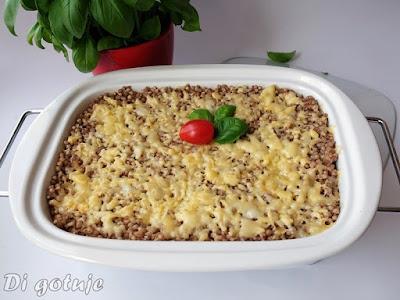 Zapiekanka z kaszy gryczanej i mięsa mielonego