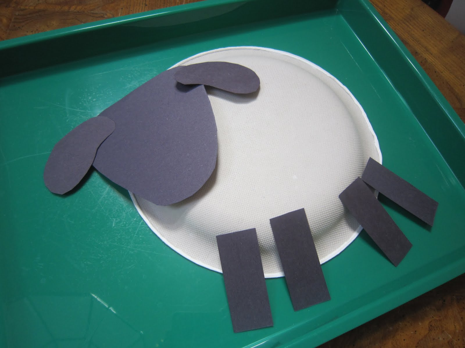 Paper plate sheep. Jesus Little Lamb idea. Craft/Kids idea ...