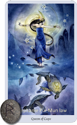 Shadowscapes Tarot Queen of Cups Raidho