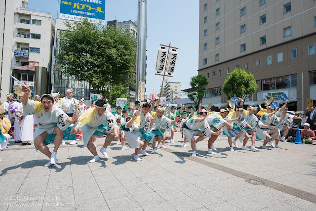 天狗連、熊本地震被災地救援募金チャリティ阿波踊り、男踊りの写真 2