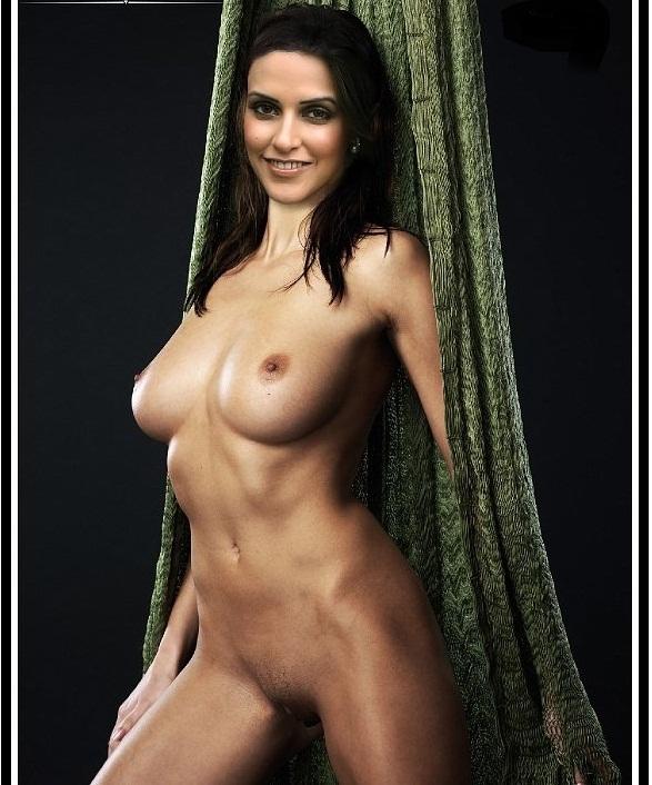 Neha dhupia fakes naked
