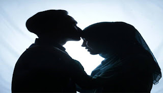Biasakanlah Cium Istri Dan Anak Anda Sebelum Keluar Rumah, Para Suami Baca ini