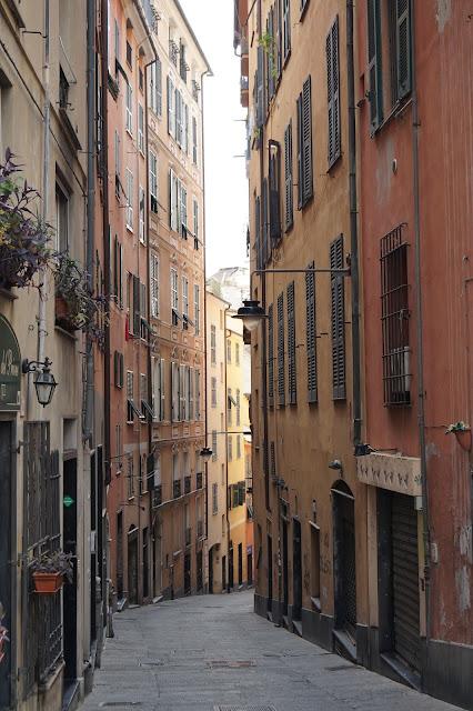 Une jolie ruelle de Gênes