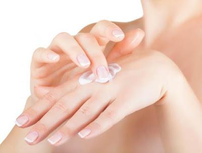 Recettes beauté pour adoucir les mains naturellement
