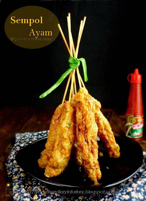 Indonesian style Chicken skewer sausage a.k.a Sempol Ayam| Çitra's Home Diary. #sempolayam #chickenskewer #indonesianfood #streetfood #asianfood