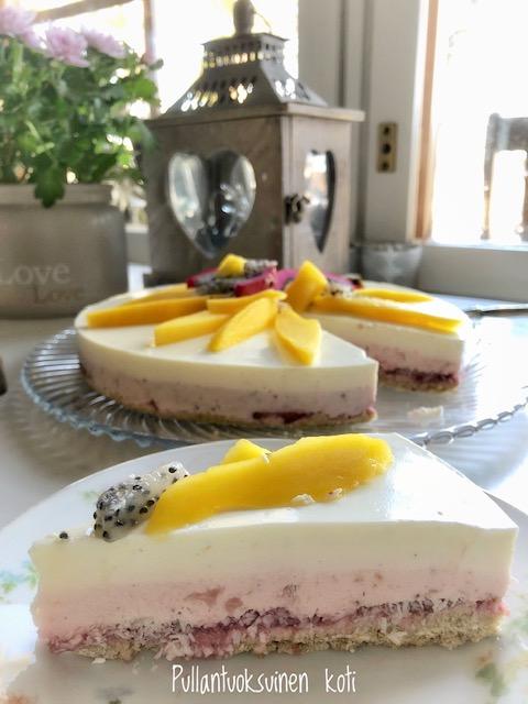 #terveellisempi #terveellinen #kevytkakku #tuorejuustokakku #liivate #terveellisempielämä #leivonta #kakku #baking #helthierbaking #healthiercake #strawberrycake #lime #healthylifestyle