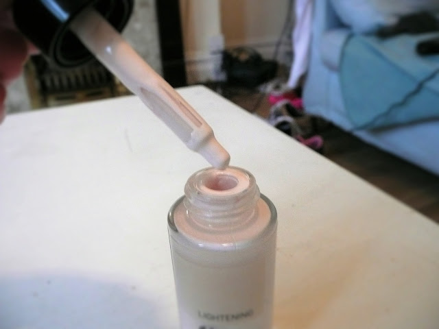 The Body Shop Foundation Shade Adjusting Drops