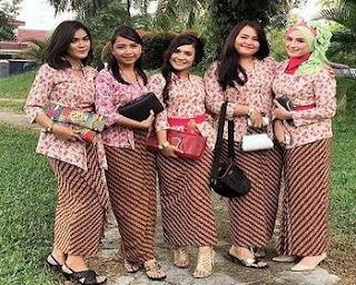 baju batik sarimbit keluarga di bandung