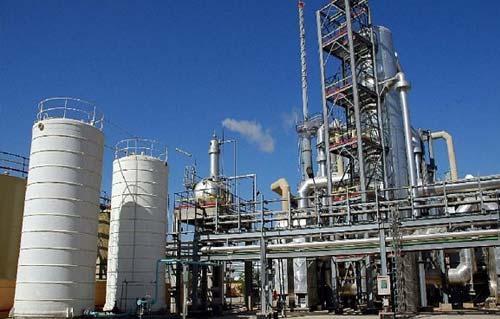النفط: الخليج العربي - الفارسي ،المنطقة الأغنى بالنفط والغاز في العالم ودون منازع