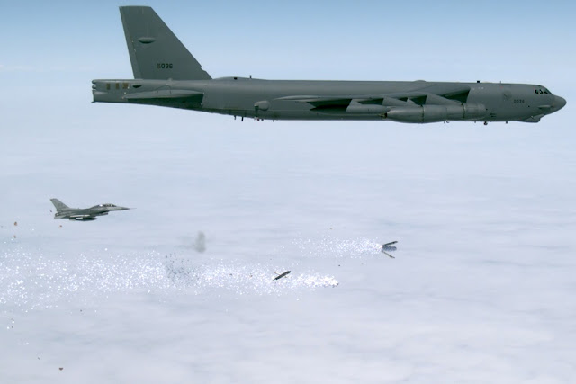 USAF TESTS B-52 TO DELIVER LEAFLETS