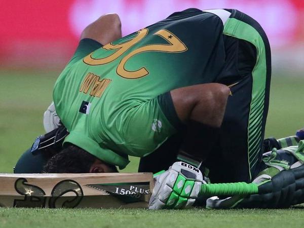 https://www.technologymagan.com/2019/05/imam-ul-haq-gives-pakistan-injury-concern-retired-hurt.html