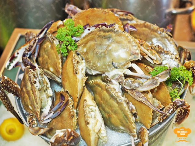 Weekend Seafood Buffet Flower Crabs