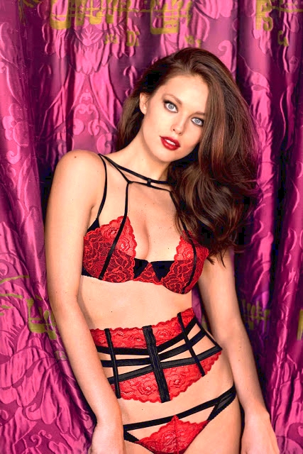 Emily DiDonato sizzles for the Yamamay Christmas Lingerie LookbookLatest