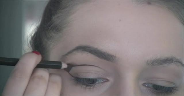 Teknik make-up untuk mempercantik mata