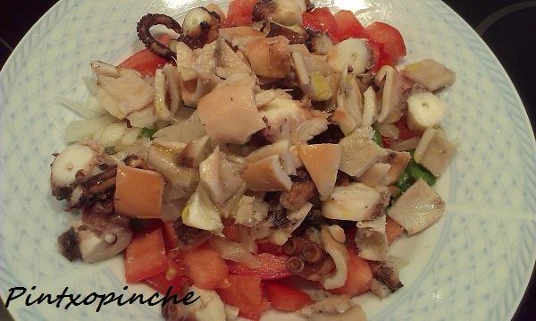 pulpo, pimiento, tomate, cebolleta, ensalada, sin gluten, verduras