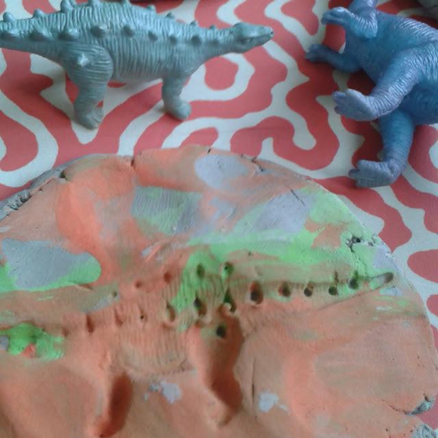 Clay dinosaur fossils