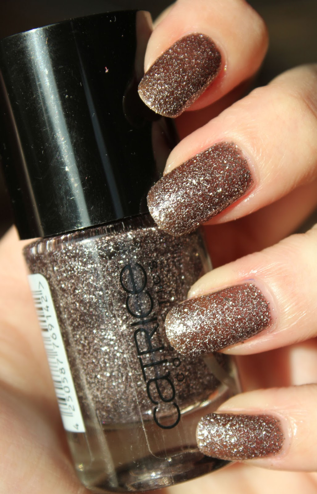 http://lacquediction.blogspot.de/2014/02/catrice-crushed-crystals-05-stardust.html