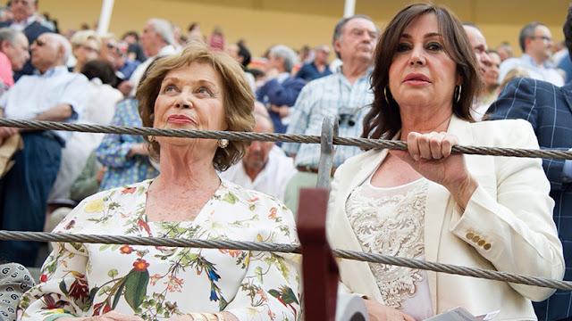 La nieta del dictador Franco se convierte en duquesa en medio de debates en España