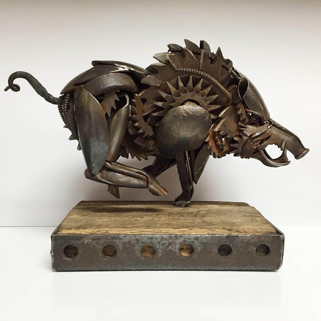 11-Razorback-Hog-Matt-Wilson-Recycled-Animal-Cutlery-Sculptures-www-designstack-co