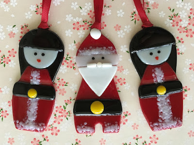 Kokeshi Santa Christmas Japanese Asian Ornament Handmade Glass Fused Sharon Warren FluterbyButterfly FlutterbyFoto Bullseye Finished