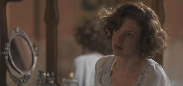 Olga (Maria Eduarda de Carvalho) na novela das seis: surto de caxumba deixará a personagem em pânico