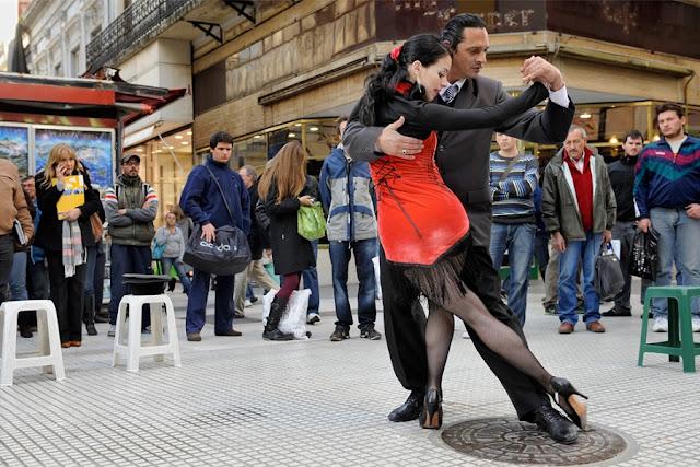 Assistir tango na rua na Calle Florida em Buenos Aires