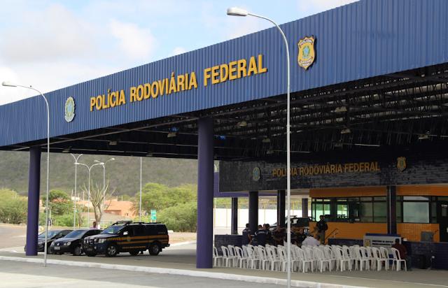 PRF/AL, prende motorista que dirigia  em zigue-zague na rodovia BR-423 em Canapi
