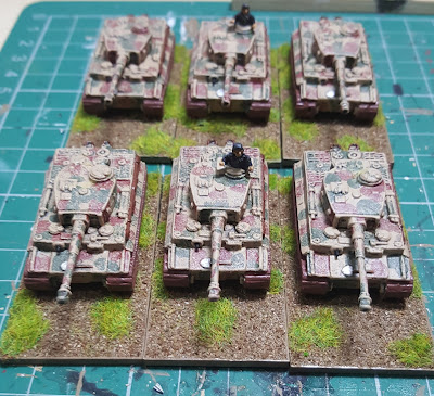 German heavy tank battalion equipped with tigers picture 2