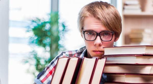 Cara Menghadapi Siswa Nakal di Sekolah Yang Sering Melawan Guru