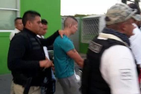 Arresto de policías