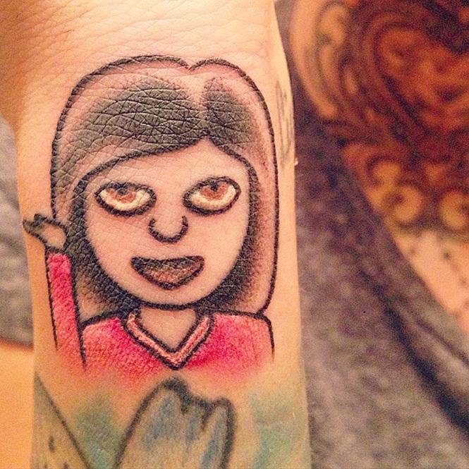 tatuagem emoji