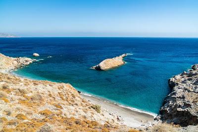 Katergo-Folegandros-Cyclades-Grece