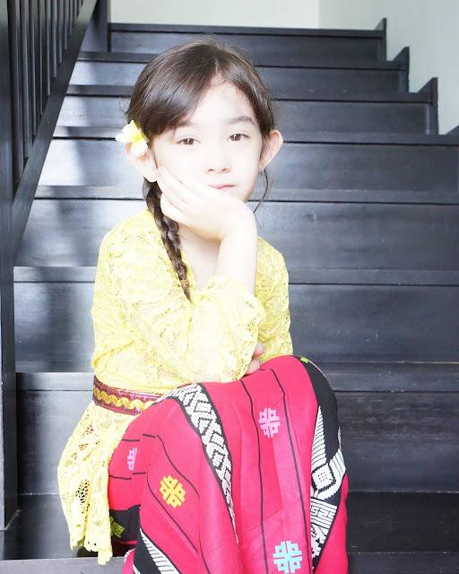 Nafa Urbach Malah Khawatir Karena Anaknya Cantik Kebangetan