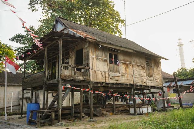 Berlayar ke Kampung Bugis Pulau Sebira (9)