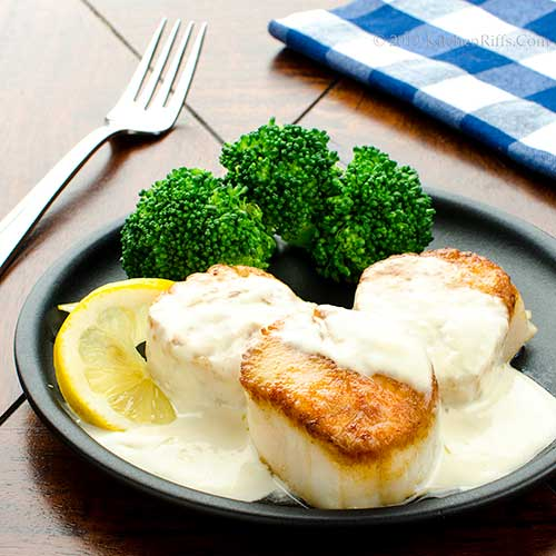 Seared Scallops in Cream Sauce
