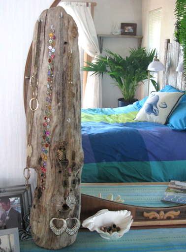 driftwood bedroom decor