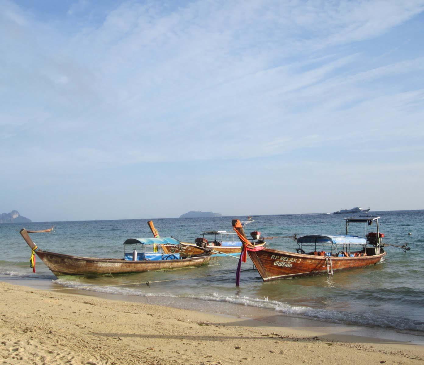 Phi Phi Relax Beach Resort: Fash N' Travl: Febrero 2013