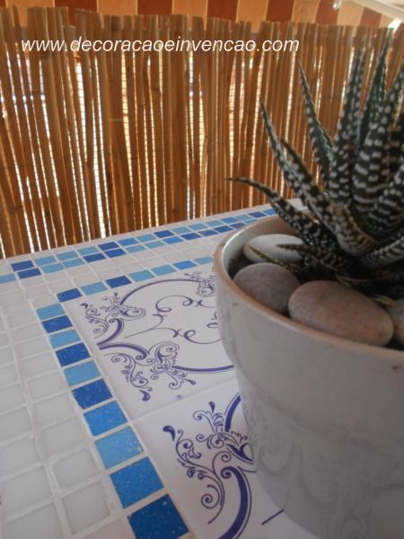 1 Projeto por mês - Mesinha com tampo em mosaico