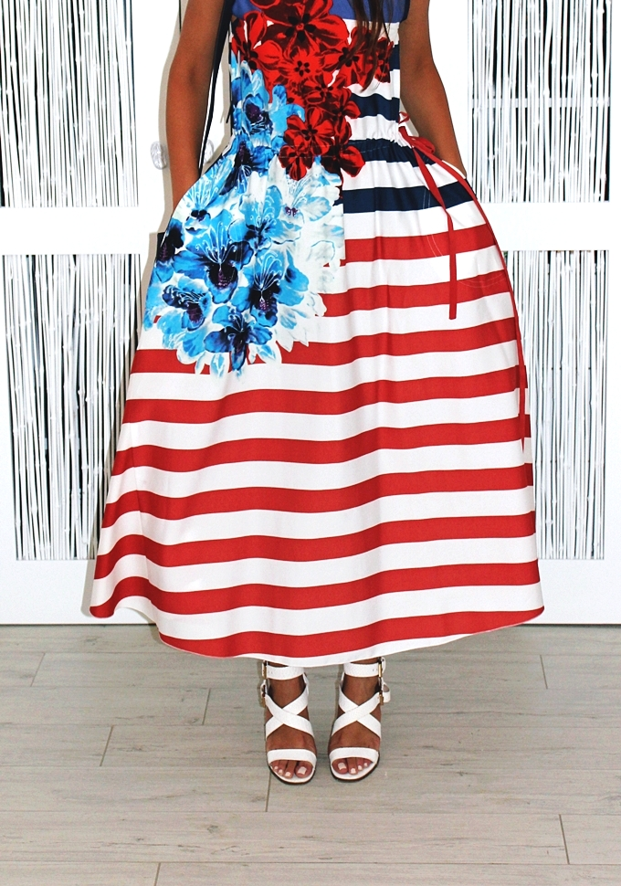 DESIGUAL striped dress.Best sailor dress.Stradivarius navy purse.Best holiday looks.Desigual haljina.White chunky heels.