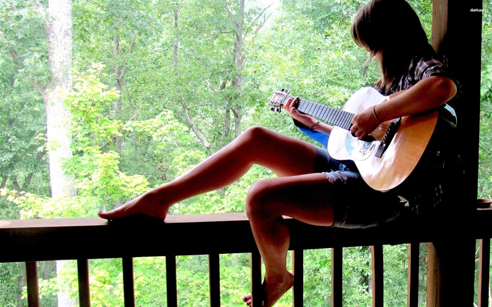 girl playing guitar hd wallpaper free hq images gallery. Black Bedroom Furniture Sets. Home Design Ideas