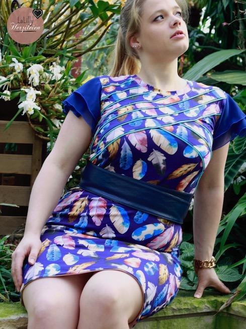 Selbstgenähtes Damenkleid aus French Terry und Chiffon
