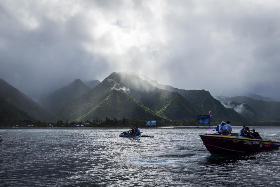 4 Teahupo o Billabong Pro Tahiti 2016 foto wsl Poullenot Aquashot