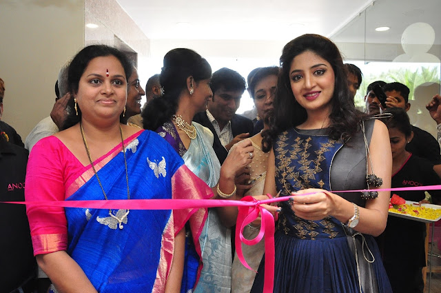 Inaugurated by South Indian Actress , Ms Poonam Kaur Anoos launches 35th clinic and salon at Vanasthalipuram , Hyderabad