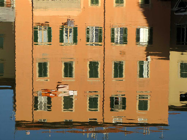 Reflected building, Fosso Reale, Livorno